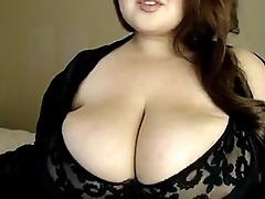 Big titted doll playing with her boobs - Mods2016.com