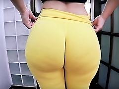 Best Amateur Ass Ever! Huge Relative to Bubble-Butt! Tiny Waist!