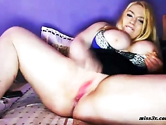 Wet juicy pussy after orgasm closeup shoot