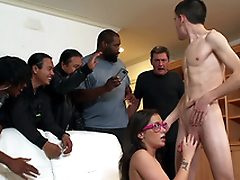Teen Gia Paige takes a facial and gets caught by her dad