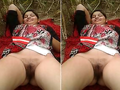 Today Exclusive- Desi Randi Bhabhi OutDoor Sex With 2 Guys