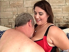 Thick and beautiful plumper Promoter DeLuca hardcore sex