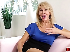 Sexy MILF Erica Lauren Enjoying A Young Dick