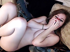 Moaning Cam Girl Fucks Her Wet Pussy